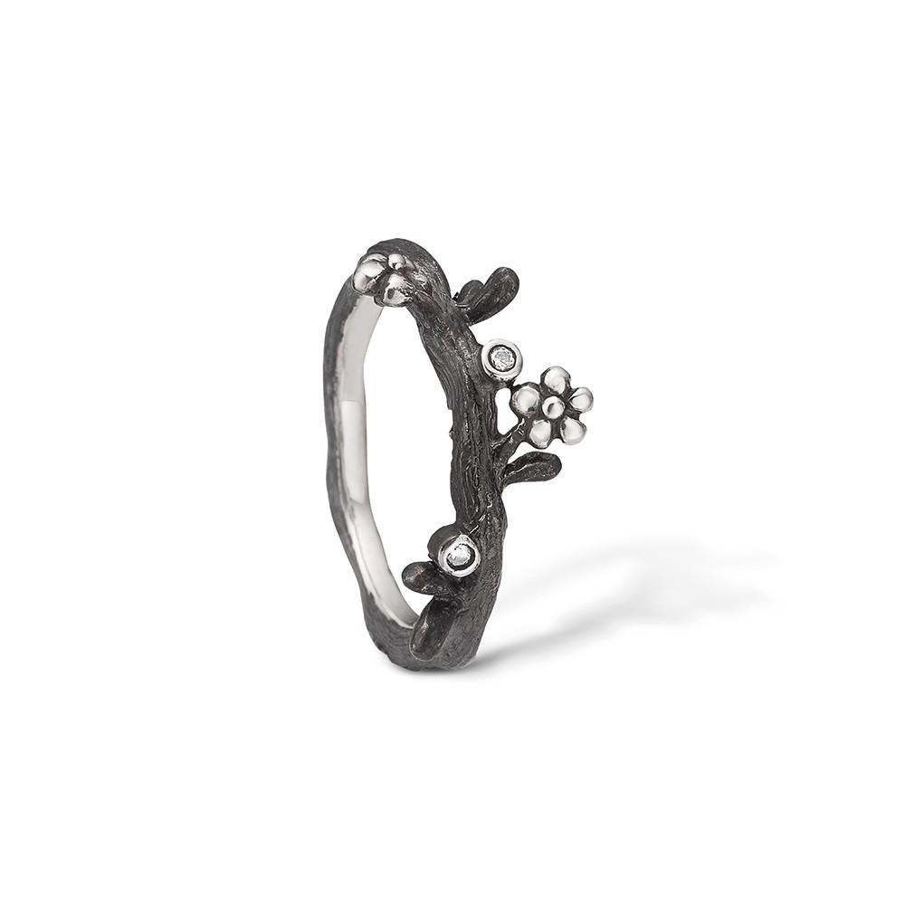 Image of   Blossom Ring i Oxideret Sølv 22621125