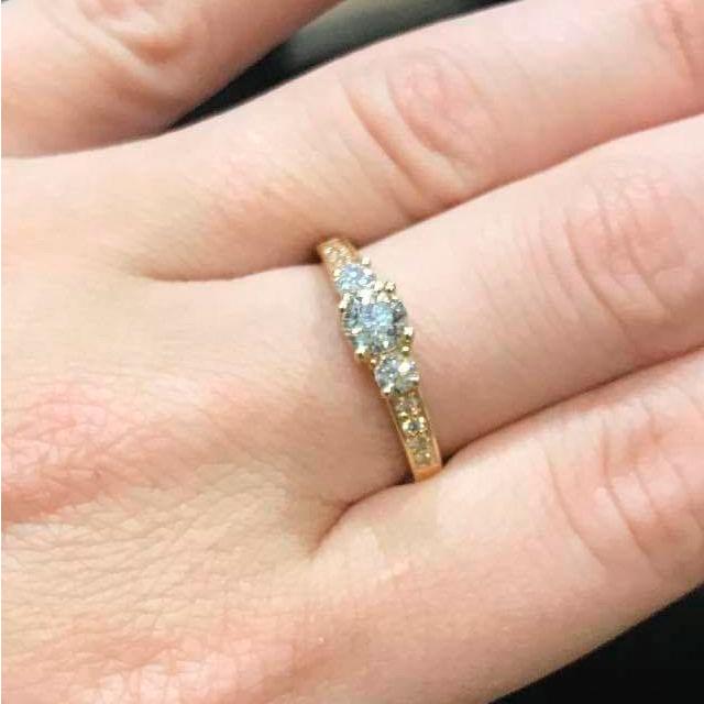 Image of   14 Karat Guld Ring fra Smykkekæden med Brillanter 0,80 Carat W/SI3